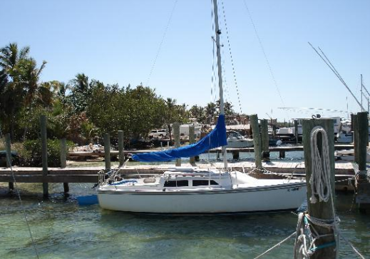 Catalina Sailboats Are Free to Use for Guests of Key Lime Sailing Club and Cottages